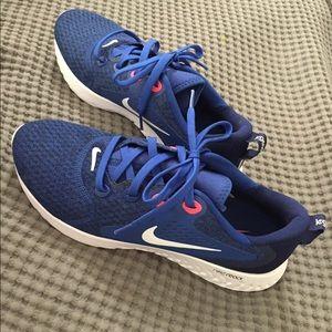 Nike Tennis Shoes BRAND NEW